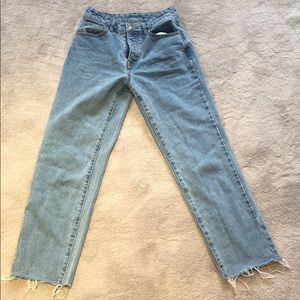 brandy melville mom jeans size small